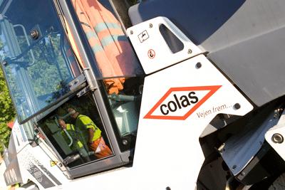 Colas-asfalt-til-landbrug_maskine_link