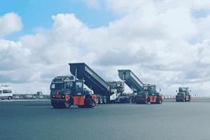 Keflavik-Airport-MHC-Hladbær-Colas,Island_