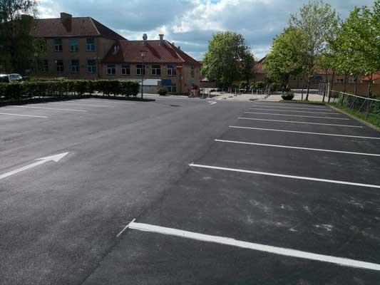 Borup-Skole-maj-2019-Colas-har-renoveret-p-plads-inden-Dronning-Margrethes-besøg