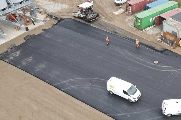 Colas-nye-asfaltfabrik-i-Horsens-belægning-600×400